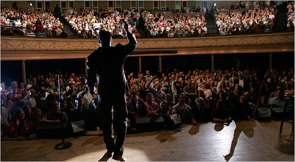 How-to-Get-Stand-Up-Comedy-Gigs1