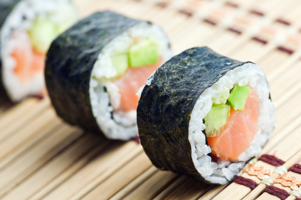 Image Credit: http://12tomatoes.com/impressive-homemade-sushi-recipe-handrolled-salmon-avocado-and-cucumber-sushi/
