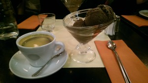 Ice cream at La Brasserie de l'Isle Saint-Louis. Taken by Jainita Patel